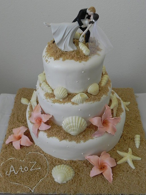 custom20cakes20wedding20cakes20cupcakes20and20cake2020beach20wedding20cakes-f16013